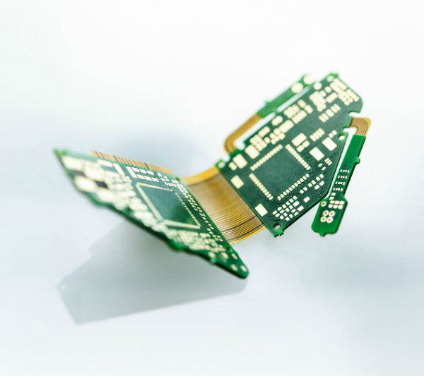 The risk-reduction quest: printed circuit boards for implantable